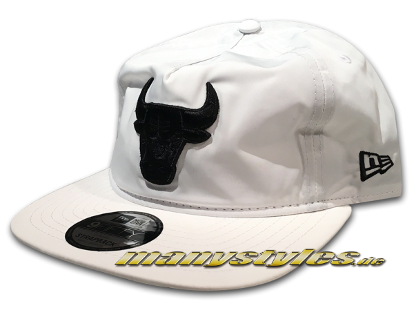 New Era Chicago Bulls 9FIFTY NBA Premium Sport Unstructured aFrame Snapback Cap White Black